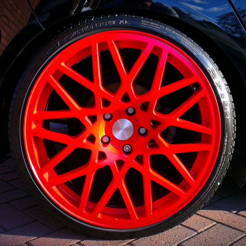 clean wheels and tyres