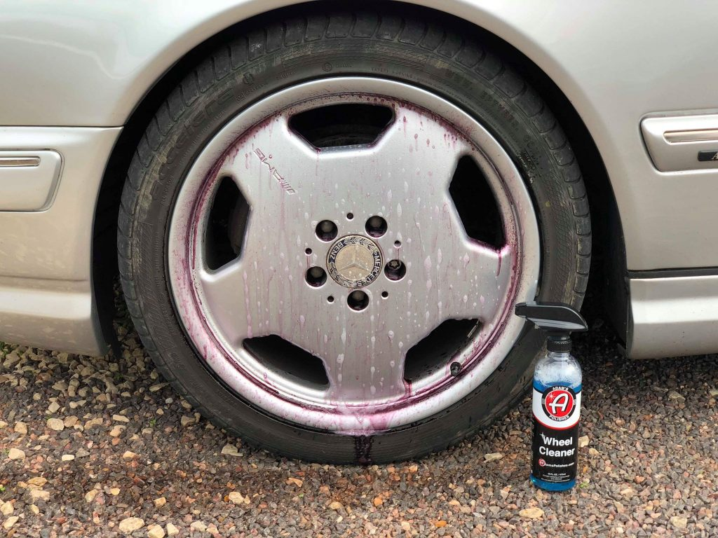 wheel cleaner for brake dust