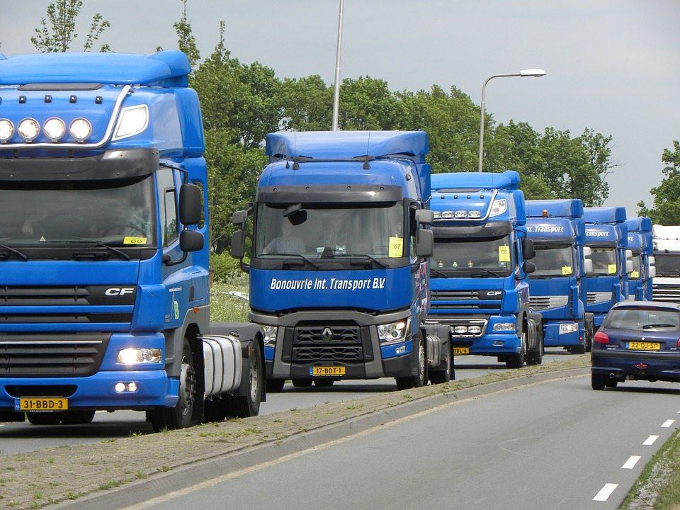 lorries using dash cams