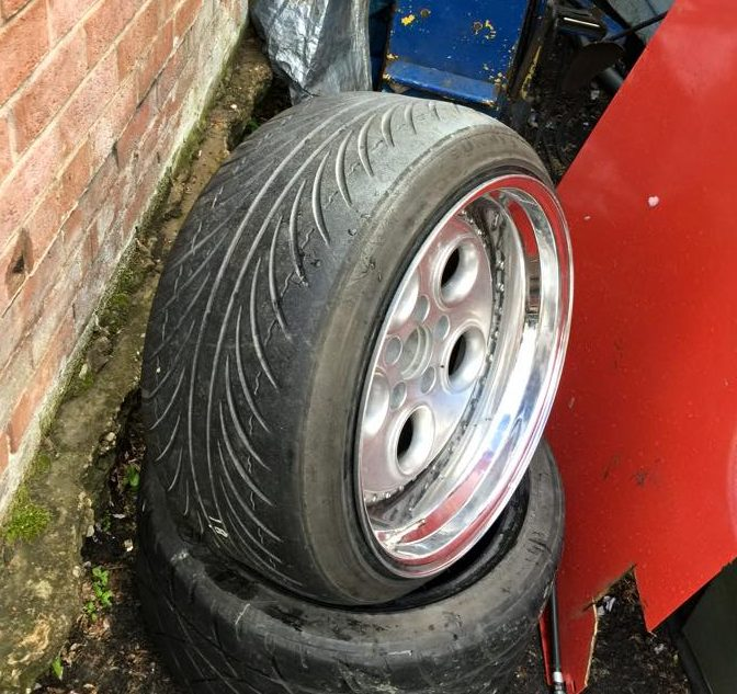 Excessive tire stretch that is not safe