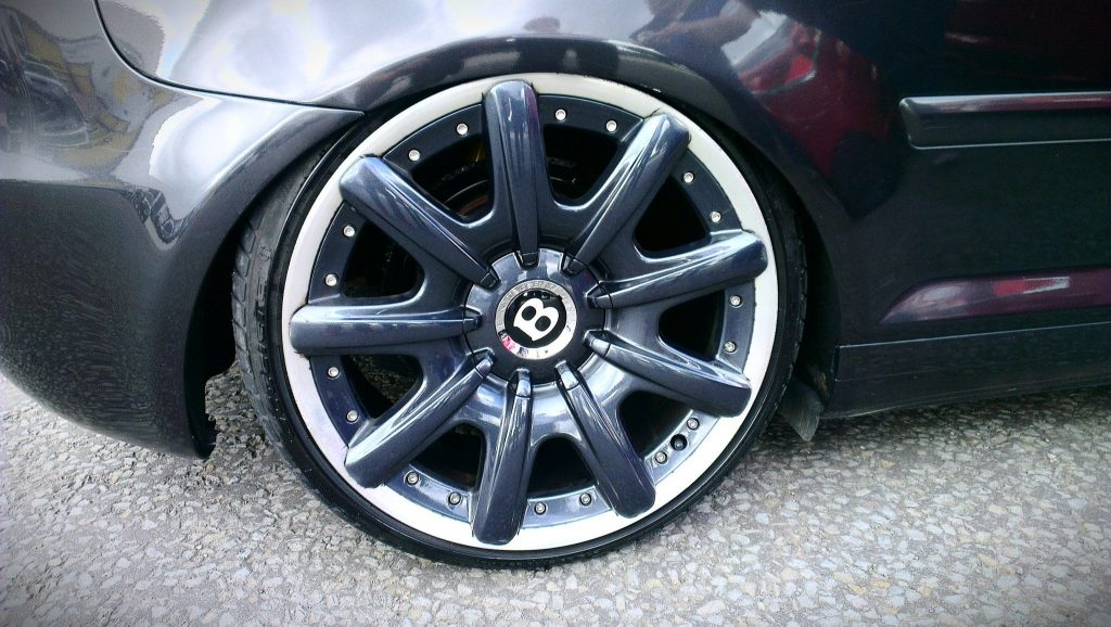 larger wheel increased arch gap