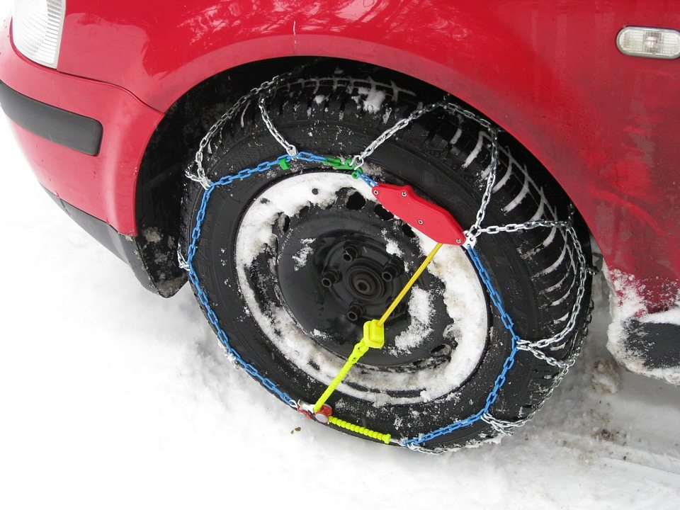 chains for truck tires